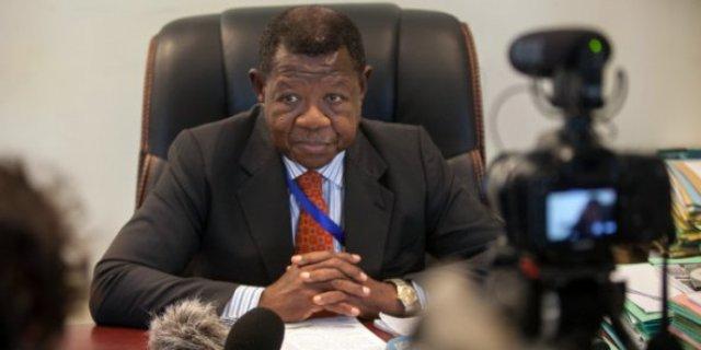 RDC: Lambert Mende wari Umuvugizi wa Guverinoma ya Kabila yatangiye gukorwaho iperereza