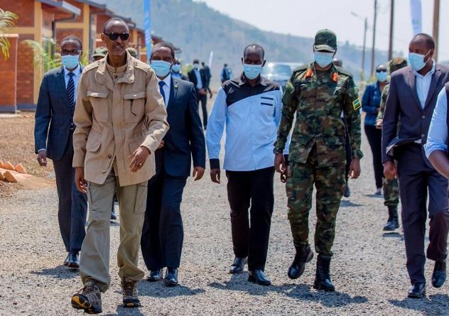 "Tumaze kongera kubaka Igihugu cyacu  twese kitari icyabamwe "" Perezida Kagame"""