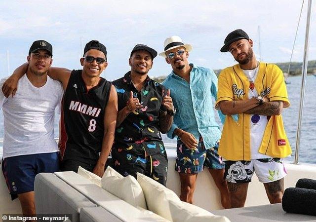 Neymar Jr na bagenzi be 2 banduriye Coronavirus mu biruhuko