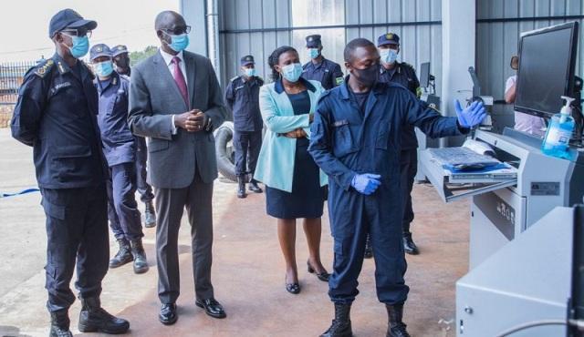 U Rwanda rwungutse ibigo 3 bishya bisuzuma ubuziranenge bw'imodoka