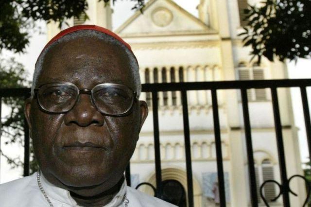 Cameroon: Kardinali Christian Tumi wari washimuswe yarekuwe